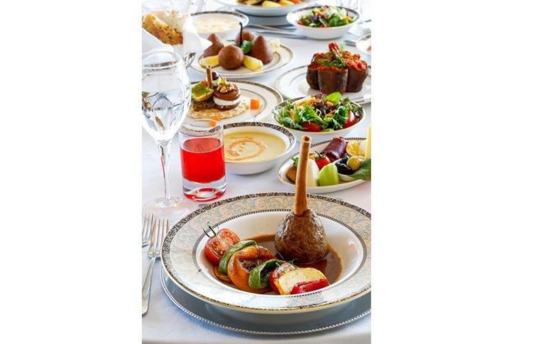 Ramazana özel Anadolu lezzetleri Wyndham Grand İstanbul Levent'te